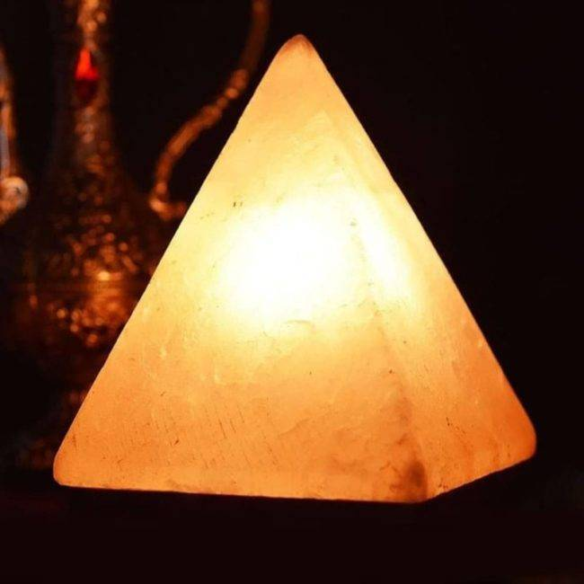 Lampe de Khéops en cristal de sel