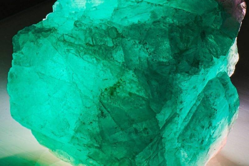 Bloc naturel de Fluorite