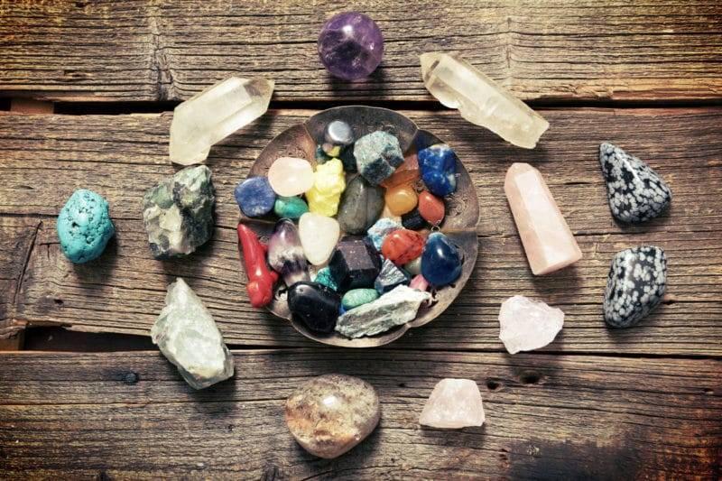 La lithothérapie : équilibrer vos chakras grâce aux pierres