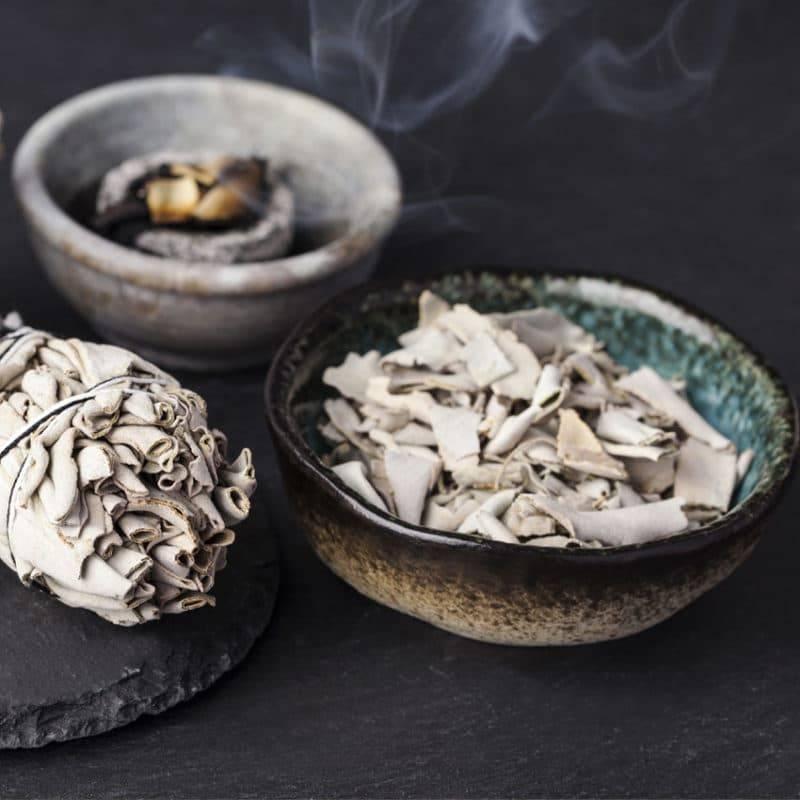 Sauge blanche à brûler – Bâton de fumigation https://www.chakras-shop.com