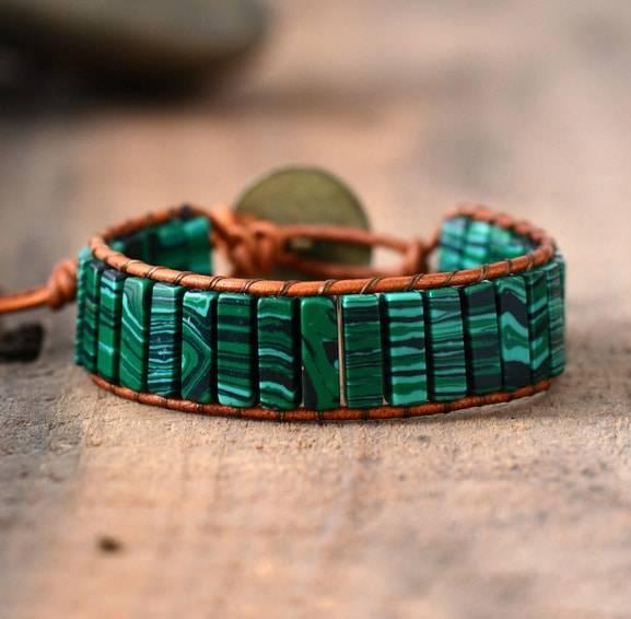 Bracelet Revitalisant en Malachite avec un fil Brun