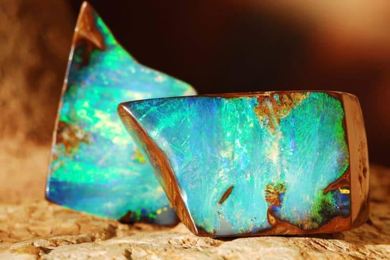 Bloc naturel d'opale