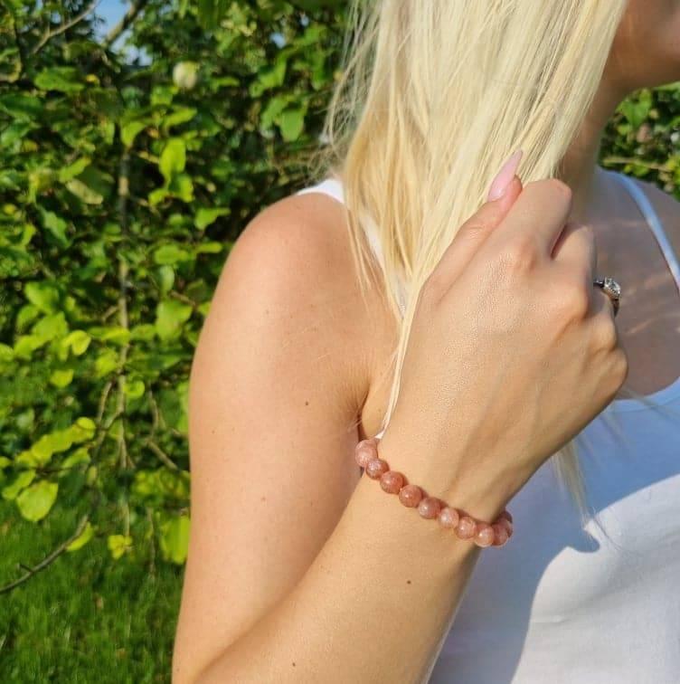 Bracelet artisanal en Pierre de Soleil https://www.chakras-shop.com