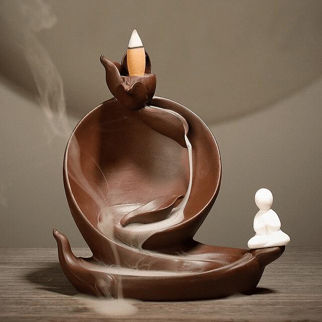 Brûleur d'encens bouddha thaïlandais