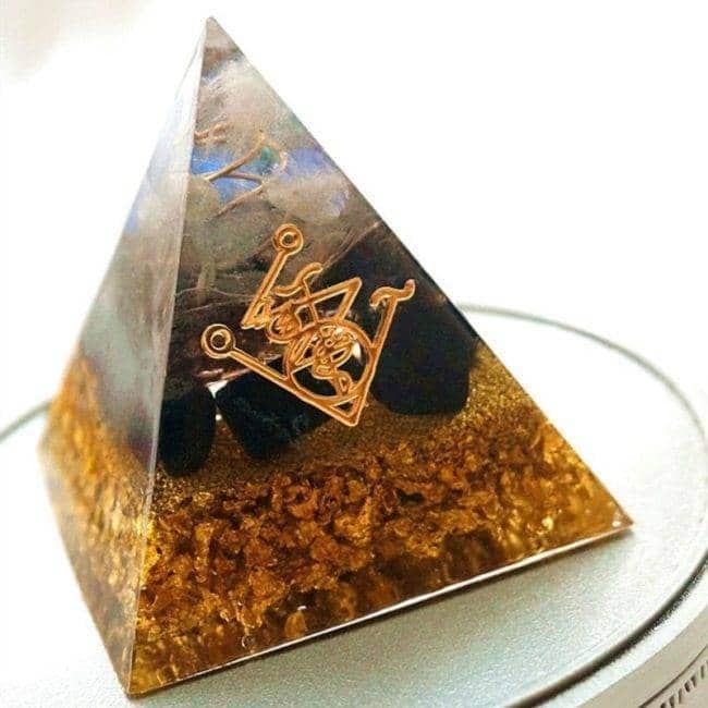 Orgonite Pyramide «Chakra Doré» Orgonite
